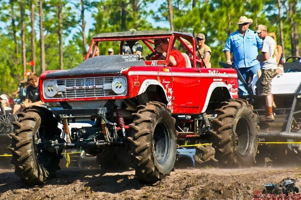 B Ee D Ccfc E B Ddb Dropped Trucks Thoughts together with Huge Chevrolet Silverado Ls Monster Truck For Sale in addition Or Z B Chevrolet Silverado Standard Cab Bfront Driver Side Front Wheels In Air besides A Hk besides C Card X. on chevy s10 crew cab lift kits