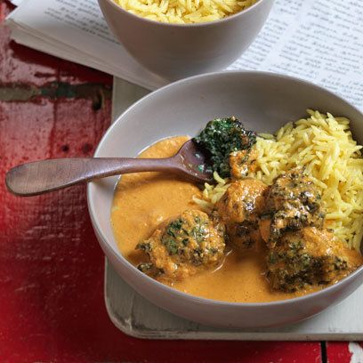 Anjum Anand's Fluffy Spinach Koftas in a Creamy Tomato Curry | Red Online