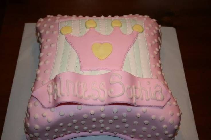 Princess Pillow Cake Images : 1000+ images about grand baby on Pinterest Disney ...
