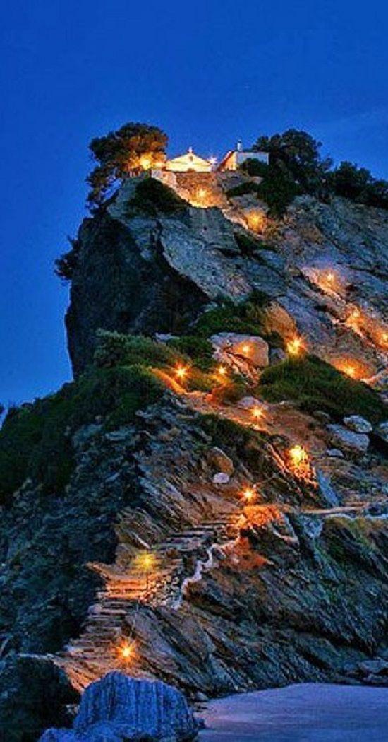 5 Must Visit Greek Islands - Travel Daisy