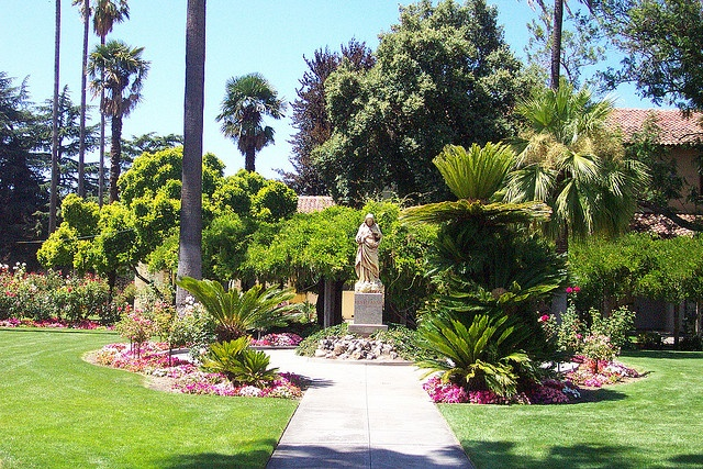 Picturesque gardens at Santa Clara University outside Mission Santa Clara de Asis.