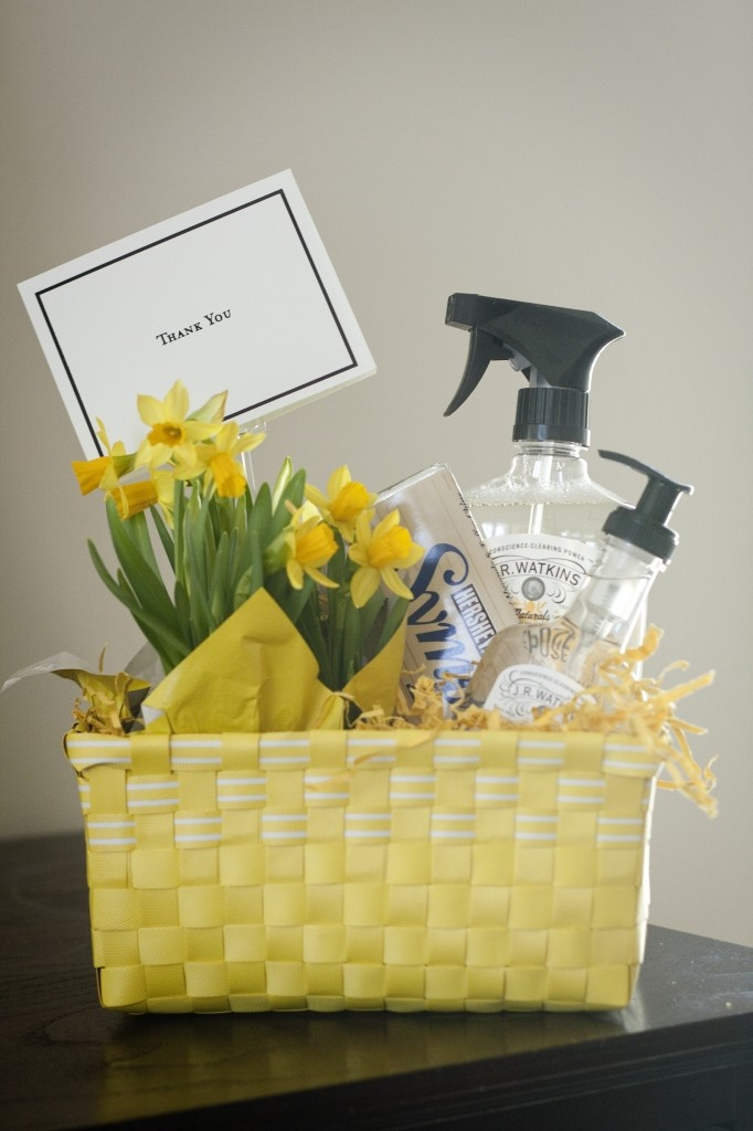 Wonderful idea to thank my neighbor and welcome to spring  when we all  finally come   Thank You Gift BasketsTeacher  888 best Gift Basket Ideas images on Pinterest   Gifts  Gift  . Gift Basket Ideas For Welcome Home. Home Design Ideas