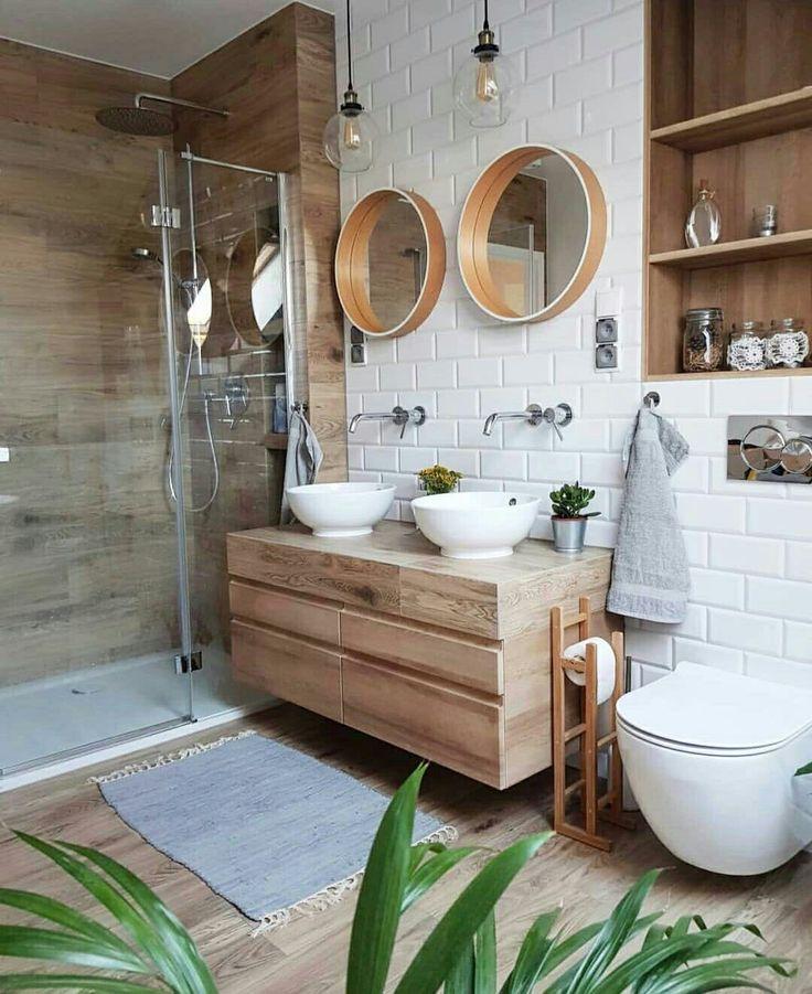 Baño en madera y blanco con toques industriales