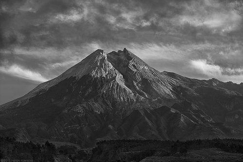 Mount Merapi | Hengki Koentjoro