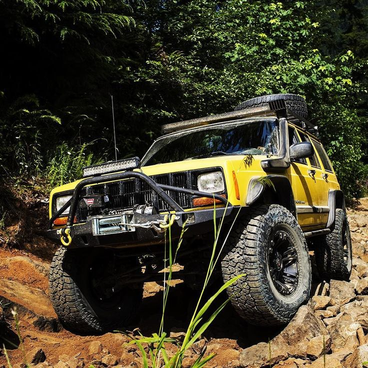 Which XJ trim was best and why? #falkenspotting @xj.offroad @xj_country…