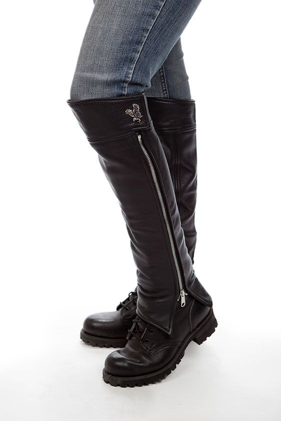 Simple, thick black pebble grain leather half chaps.  I'd love too have these for next riding season!