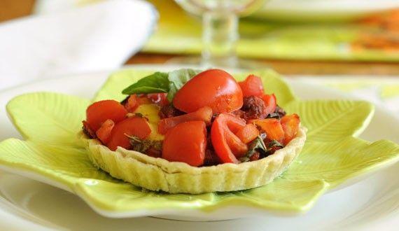 Tarta de Tomates Frescos y albahaca