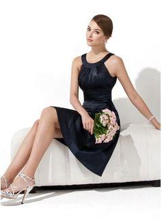 A-Line/Princess Scoop Neck Knee-Length Charmeuse Bridesmaid Dress With Ruffle (007000943) - JJsHouse