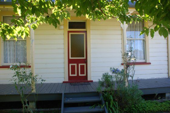 Cottage Rose Holiday Home in Owhango, Central Plateau (Mt Ruapehu)   Bookabach