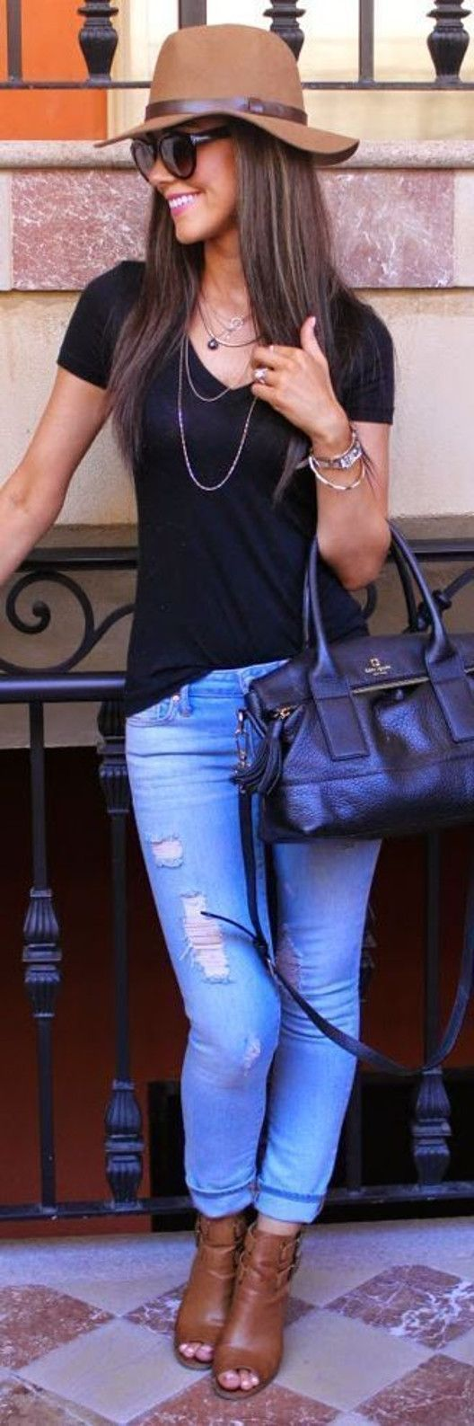 Spring style / blue ripped jeans   black tshirt
