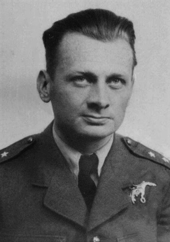 Porucznik (Flying Officer) Ludwik Paszkiewicz (21 October 1907 - 27 September 1940). Victories: 6 confirmed - 0 probable - 0 damaged. Awards: Krzyż Srebrny Orderu Virtuti Militari (The Silver Cross of Virtuti Militari), Krzyż Walecznych 2-krotnie (Cross of Valour and bar), Distinguished Flying Cross.