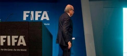 #Blatter abandona la presidencia del fútbol mundial. #Zurich #Suiza #escándalo #soborno #fraude #JosephBlatter #FIFA #JeromeValcke #congreso #méxico #argentina