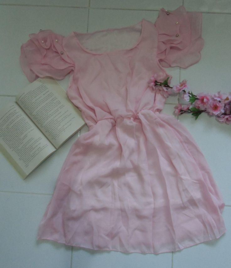 FR061 VINTAGE SWEET CHIFFON DRESS Price: PhP 300 Size: Free Color: Pink Condition: 100% Brand New / Without any accessories Remark: Please note that due to limitations in photography and the inevitable differences in monitor settings, the colors shown in the photography may not correspond 100% to those in the items themselves. Fabric: Chiffon