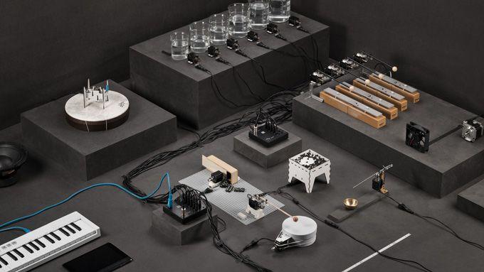 WinNetNews.com - Laman pengumpulan dana Kickstarter kembali melahirkan produk berkualitas dari seorang DJ sekaligus developer aplikasi dan alat musik elektronik bernama Johannes Lohbihler asal Jerman. Bernama DadaMachines, dia membuat sebuah alat musik yang digadang-gadang bakal memulai sebuah genre