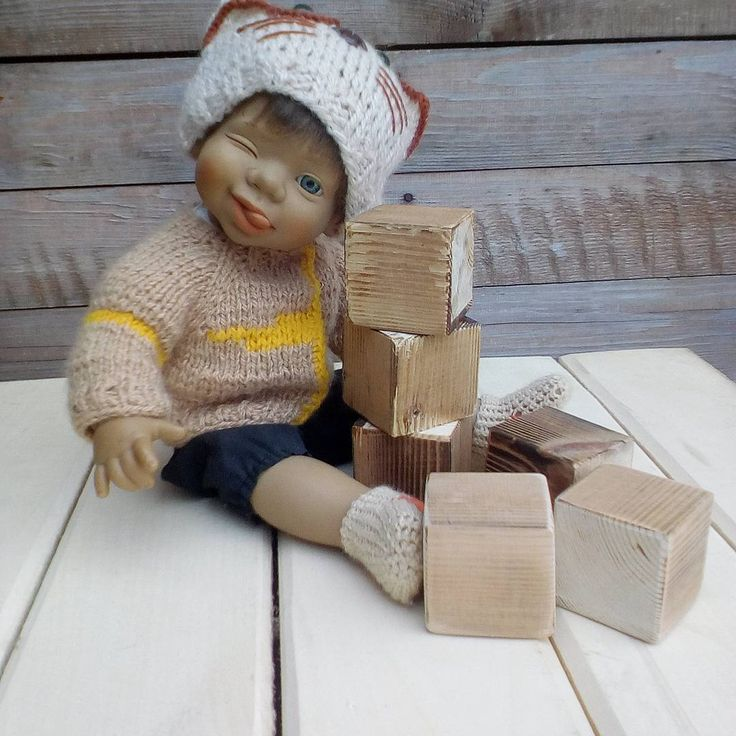 32 отметок «Нравится», 1 комментариев — Оксана Петренко (@vytvorjushka) в Instagram: «#кубики #фотосессия #декупажскоро #мужмолодец Напилил мне муж кубиков, теперь пошкурить,…»