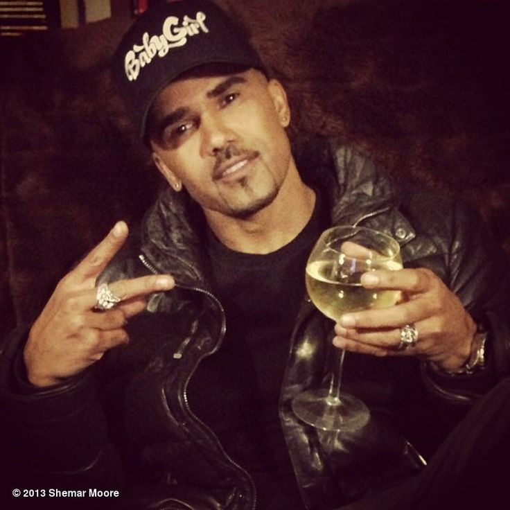 Shemar Moore's photo: IT'S FRIDAY ... BE SILLY, BE GOOFY, BE SEXY, BE SAFE ... CHEERS TO THE WEEKEND!!!!