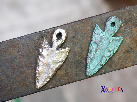 ArrowheadAntique Silver double side arrow pendantGreen