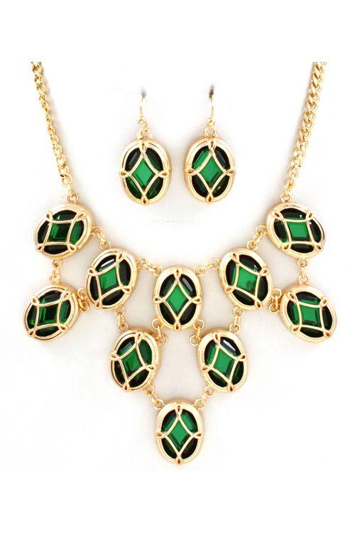Lamire Necklace Set in Emerald