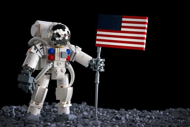 lego astronaut spaceship - photo #27