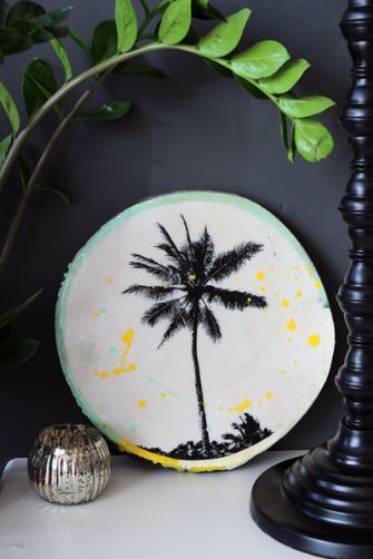 Tropical Porthole Tile Art - Palm Tree