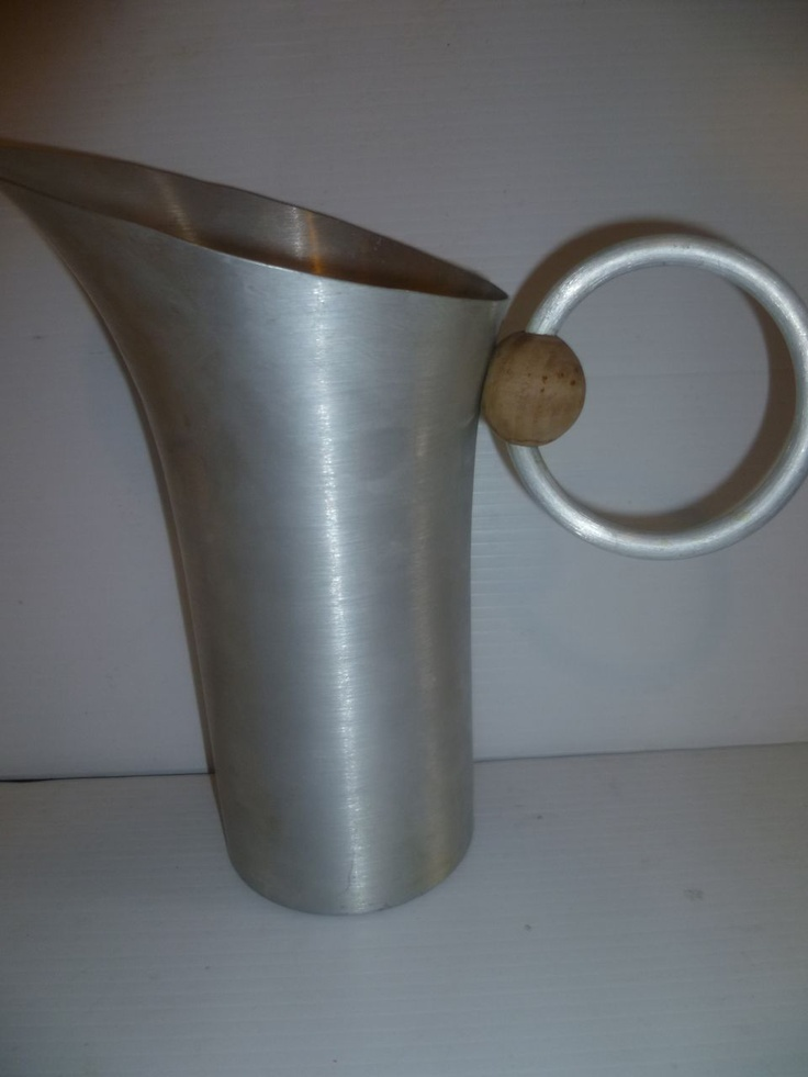 Russel wright aluminum pitcher pour me pinterest - Russel wright pitcher ...
