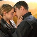 DIVERGENT Movie Review: Shailene Woodley and Theo James Shine as Tris and Four | Alice Marvels