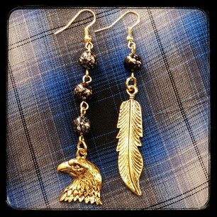 Instagram photo by mwlaccessories - Eagle Earrings https://www.facebook.com/MWLaccessories/photos/pb.394919353900261.-2207520000.1412625165./761284180597108/?type=3&theater