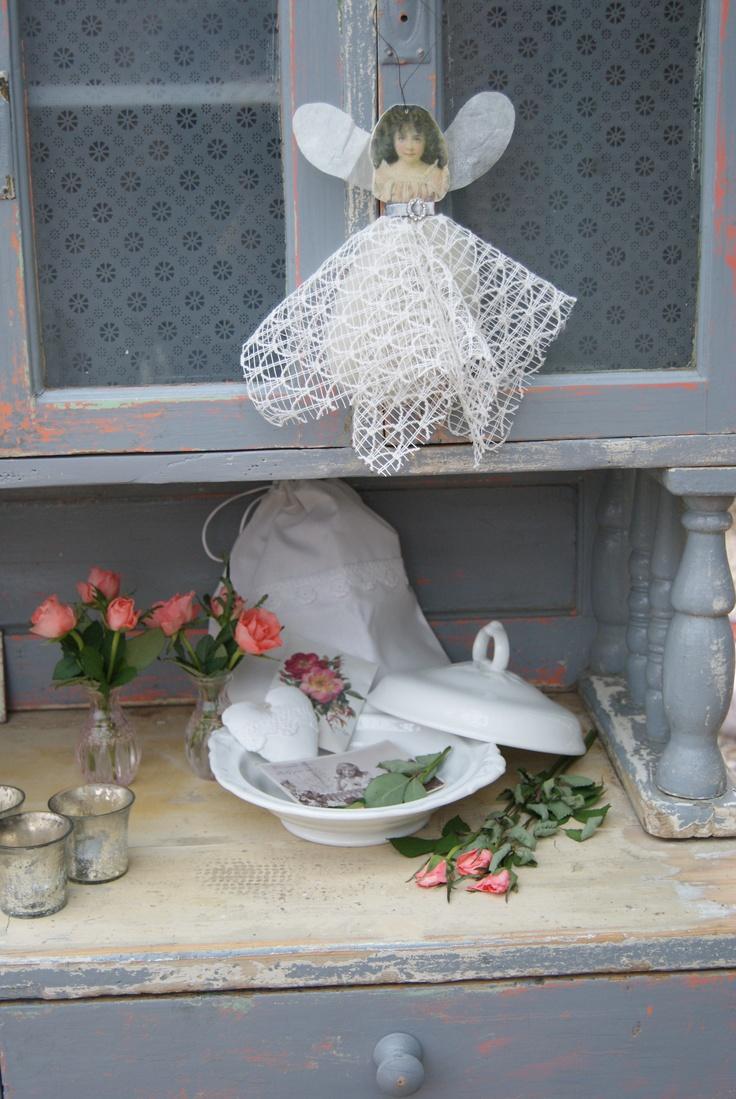 Mijn favoriete kast. Het engeltje is uit de handmade collectie van JDL