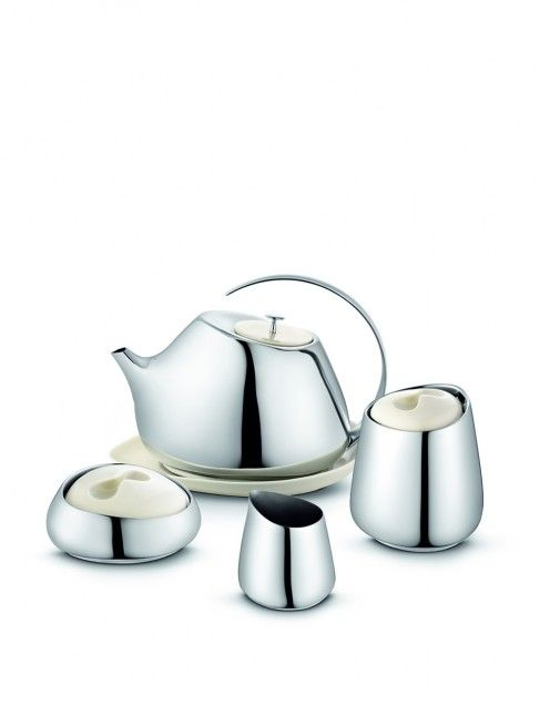Helena Rohner teapot - retro and modern at the same time - very elegant
