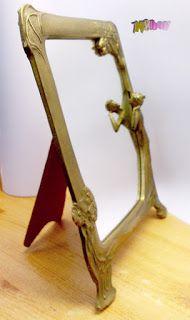 Valami érdekes: Szecessziós stílusú asztali tükör, hölgy alakkal.
