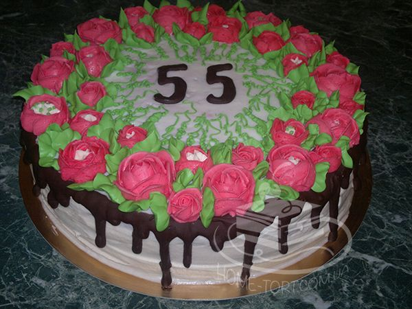 Торт с украшением на 55-тилетие