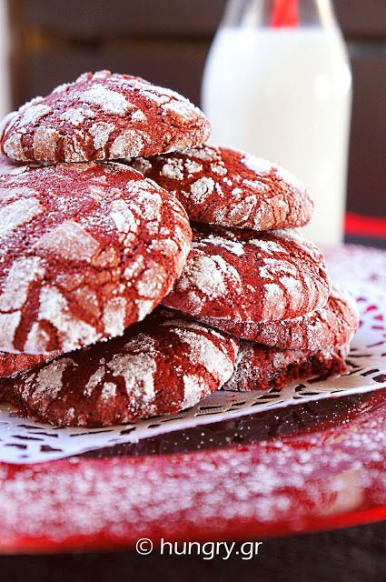 Ραγισμένα Κόκκινα Μπισκότα