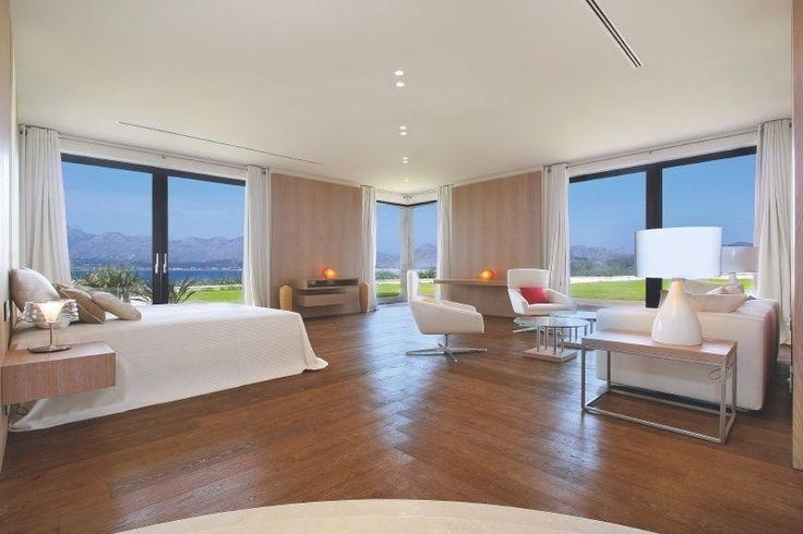 In so einem Zimmer auf den #BalearischenInseln aufwachen #Spanien #Meer #Luxushaus