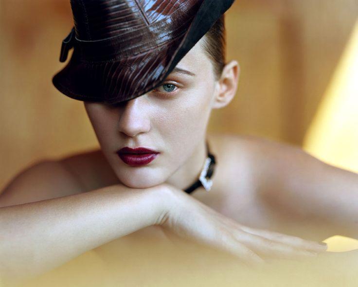 IO DONNA | Make up: Silvana Belli @WM Management - Hair: Gianluca Guaitoli @WM Management - Ph. Toni Thorimbert