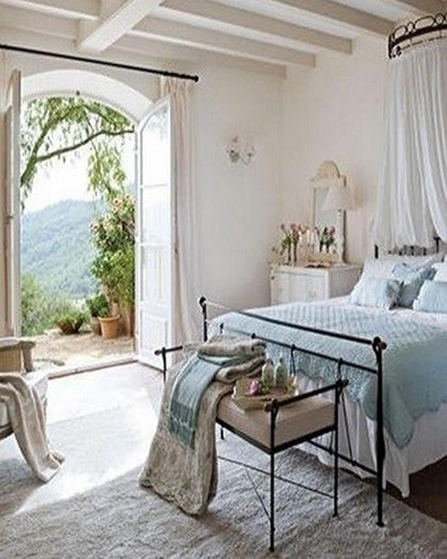 The 25+ best Parisian style bedrooms ideas on Pinterest   Vintage ...