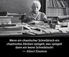 Elegant Einsteinu0027s Logik Zu Einem Chaotischen Schreibtisch
