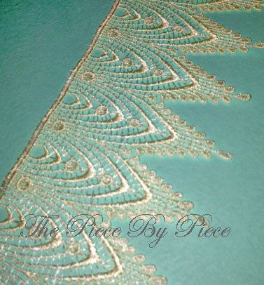1 Yard  French Cathedral Venise Lace 3818 in by Thepiecebypiece, $7.95