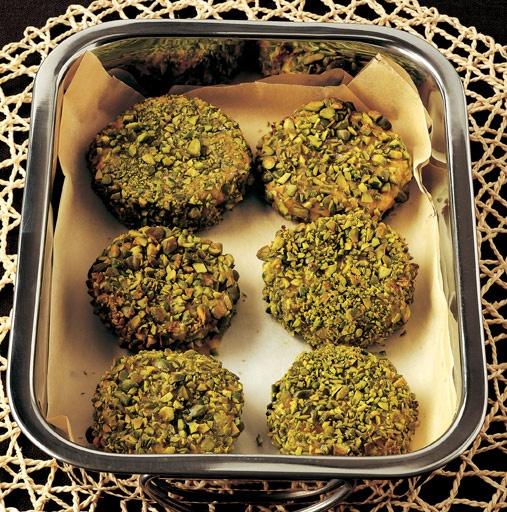 Healthy Pumpkin Polpette With Chopped Pistachios. Polpette di Zucca con Trito di Pistacchi.