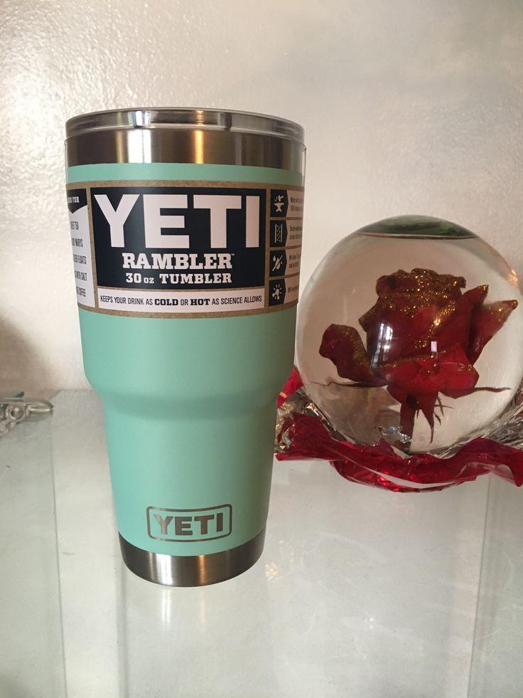 Xmas gift xD #yetitumbler #yeti #thermos #seafoam #otl #vek