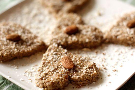 Amandel vijgen koekjes > pindakaas, havermout, honing, gedroogde vijgen, amandelen