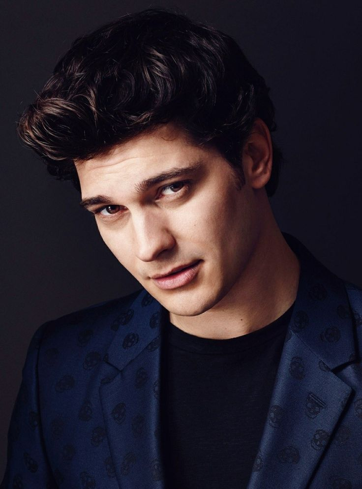 Turkish Actor - Çağatay Ulusoy