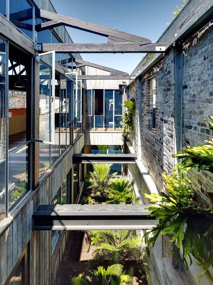Direction Sydney en Australie à la découverte d'un ancien entrepôt transformé en loft par l'architecte Virginia Kerridge.