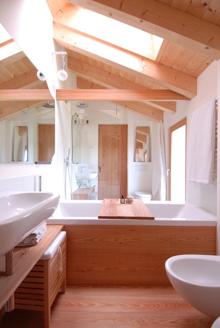casa di legno-wooden house