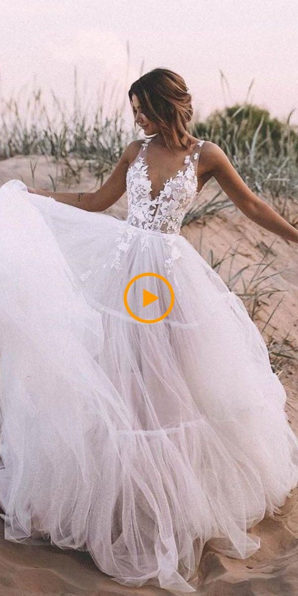 51 Beach Wedding Dresses Perfect For Weddings In The Destination