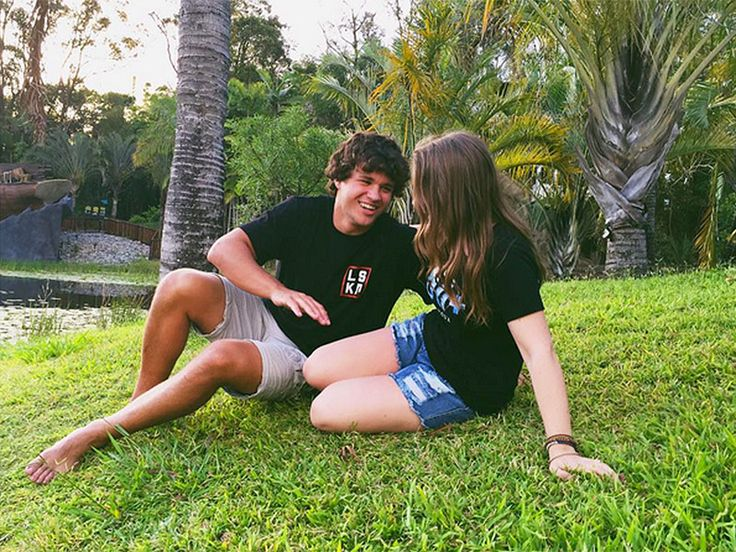 Bindi Irwin Shares Adorable Photo from Her Day at the Australia Zoo with Boyfriend Chandler Powell http://www.people.com/article/bindi-irwin-boyfriend-chandler-powell-watch-sunset-australia-zoo