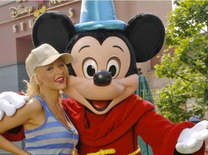 Christina Aguilera discute y pelea... con Mickey Mouse