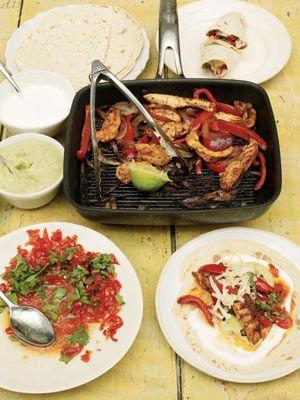 Chicken Fajitas with Homemade Guacamole & Salsa... I love fajitas!