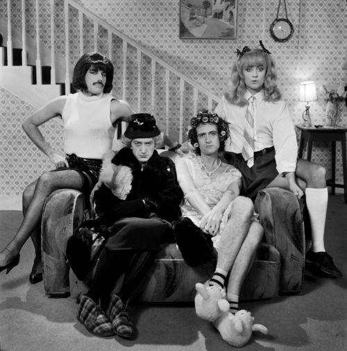 Freddie Mercury, Brian May, Roger Taylor, John Deacon....Queen(s) :)