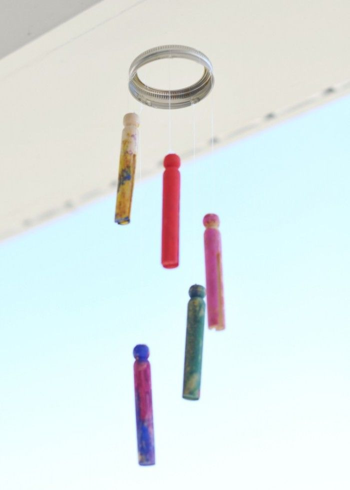 How have you and your little ones explored their senses?  How about a craft for exploring SOUND?  --> An Easy Wind Chime #Kids Craft for Exploring the Sense of Hearing at B-InspiredMama.com #learning #preschool