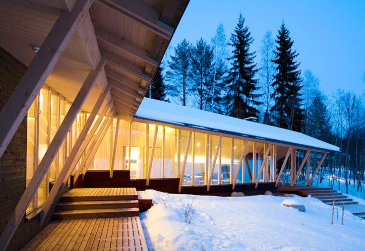 Anttolanhovi, Finland